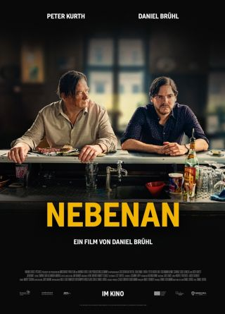 "Poster zum Film ""Nebenan"""